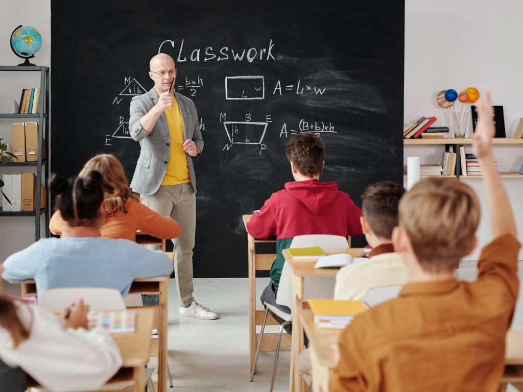 Online Teacher Training - Megaversity